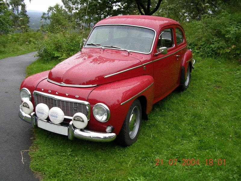 http://frostfeldt.se/taberg/motortraffar/2004/traff_10/bilder/Volvo-PV-544--1966-fram-sto.jpg